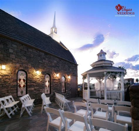 The Terrace Outdoor Venue at Vegas Weddings seats 40