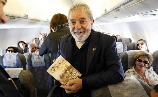 """Lula agora quer estudar Direito: """"Dá dinheiro"""""""