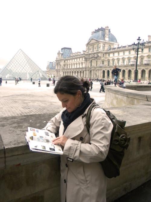 paris louvre müzesi kendin dik