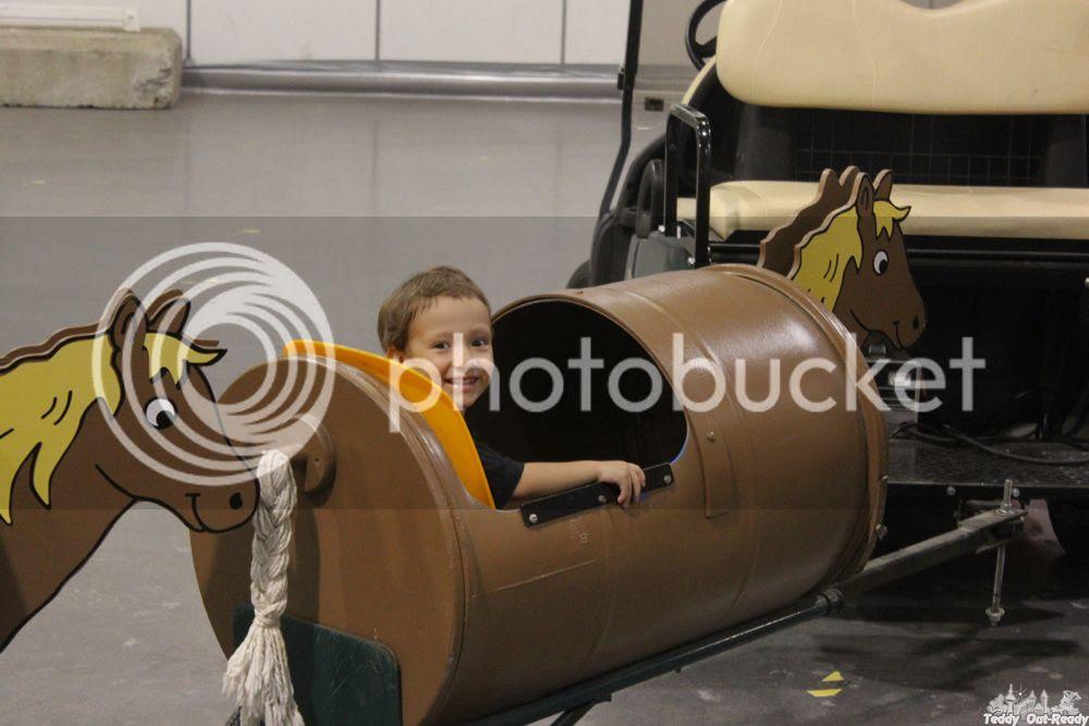 CNE Teddy in wagon