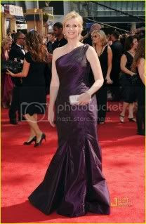 Emmy Awards 2010 Red Carpet Fashion