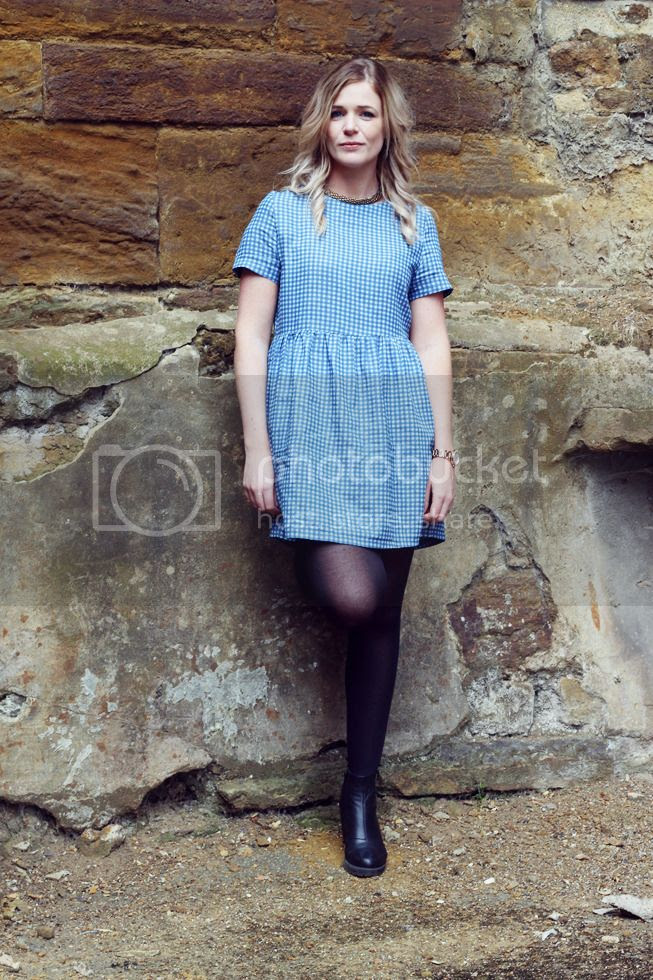 gingham smock dress outfit