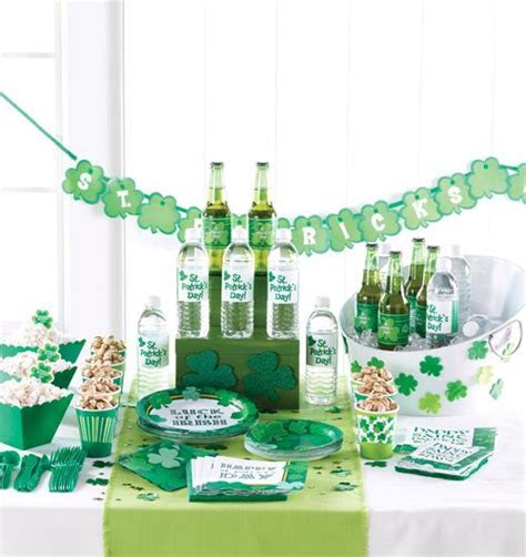 Best 25  Irish theme parties ideas on Pinterest   St