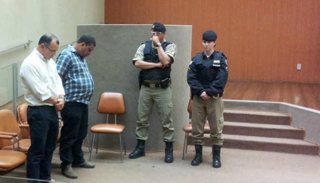 Adriano Chafik e o capataz Washington Silva ouvem a sentença