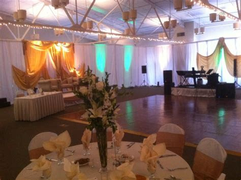 backdrop rental pipe  drape  chicago  suburbs