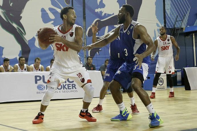 Flamengo x Pinheiros, basquete, NBB (Foto: Daniel Forley/ECP)