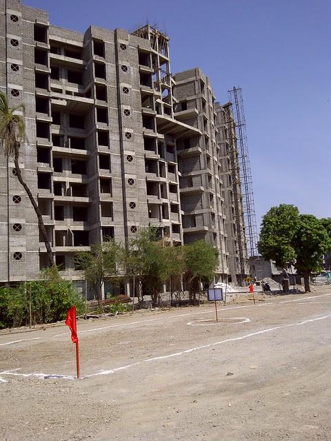 Behind Dreams Nandini - The Site of Dreams Avani, 1 BHK & 2 BHK Flats on Shewalewadi Road, near Manjri Stud Farm, off Pune Solapur Highway, at Manjri Budruk Pune, 412 307