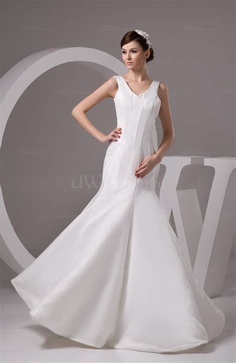 White Sexy Wedding Guest Dress Long Fit n Flare Trendy