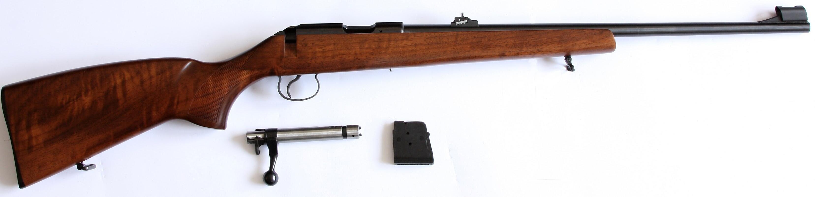 CZ 455 Lux s vyjmutým závěrem a zásobníkem
