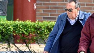 Carlos Fabra sortint de la presó aquest divendres a la tarda (EFE)