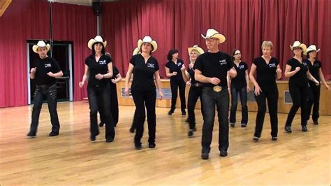 TWIST & SHAKE Line Dance (Dance & Teach in French)   Line