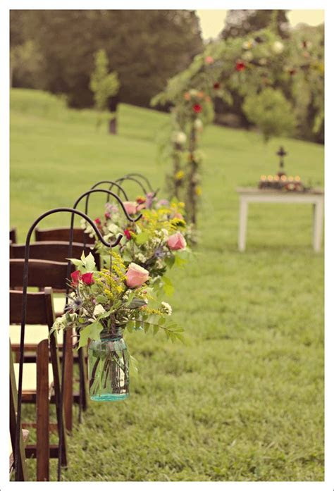 Outdoor Ceremony Decor: Eye Candy   Chelsey's wedding