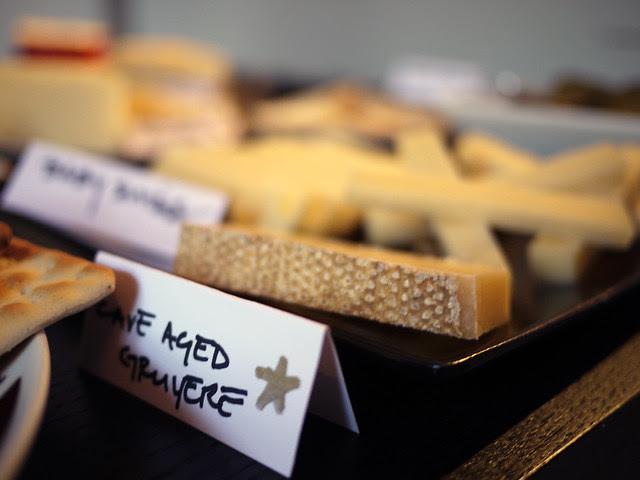 Nomerati cheese party