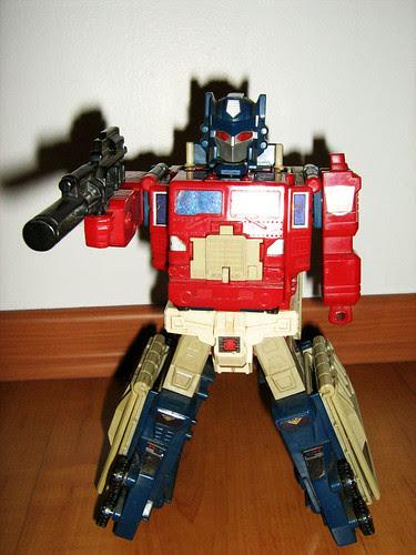 Powermasters Optimus Prime (large form)