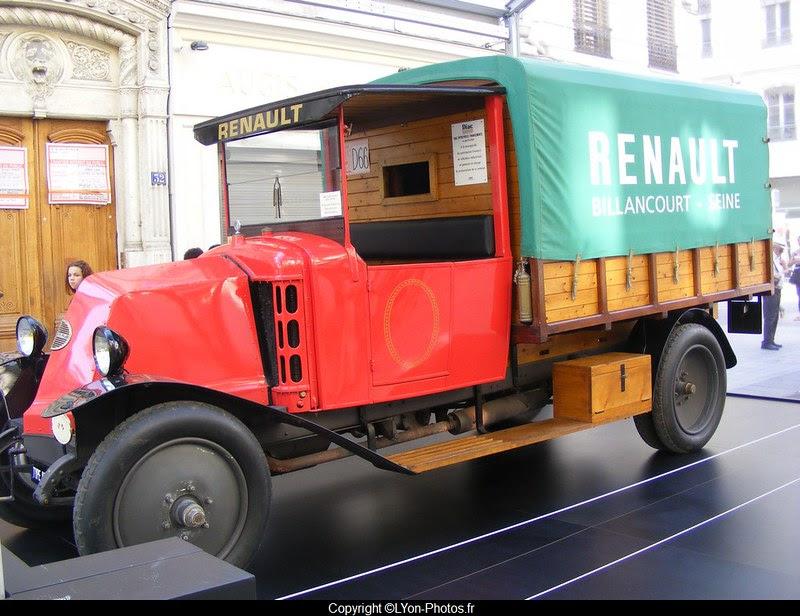 Exposition+camions+historiques+patrimoine+Lyon