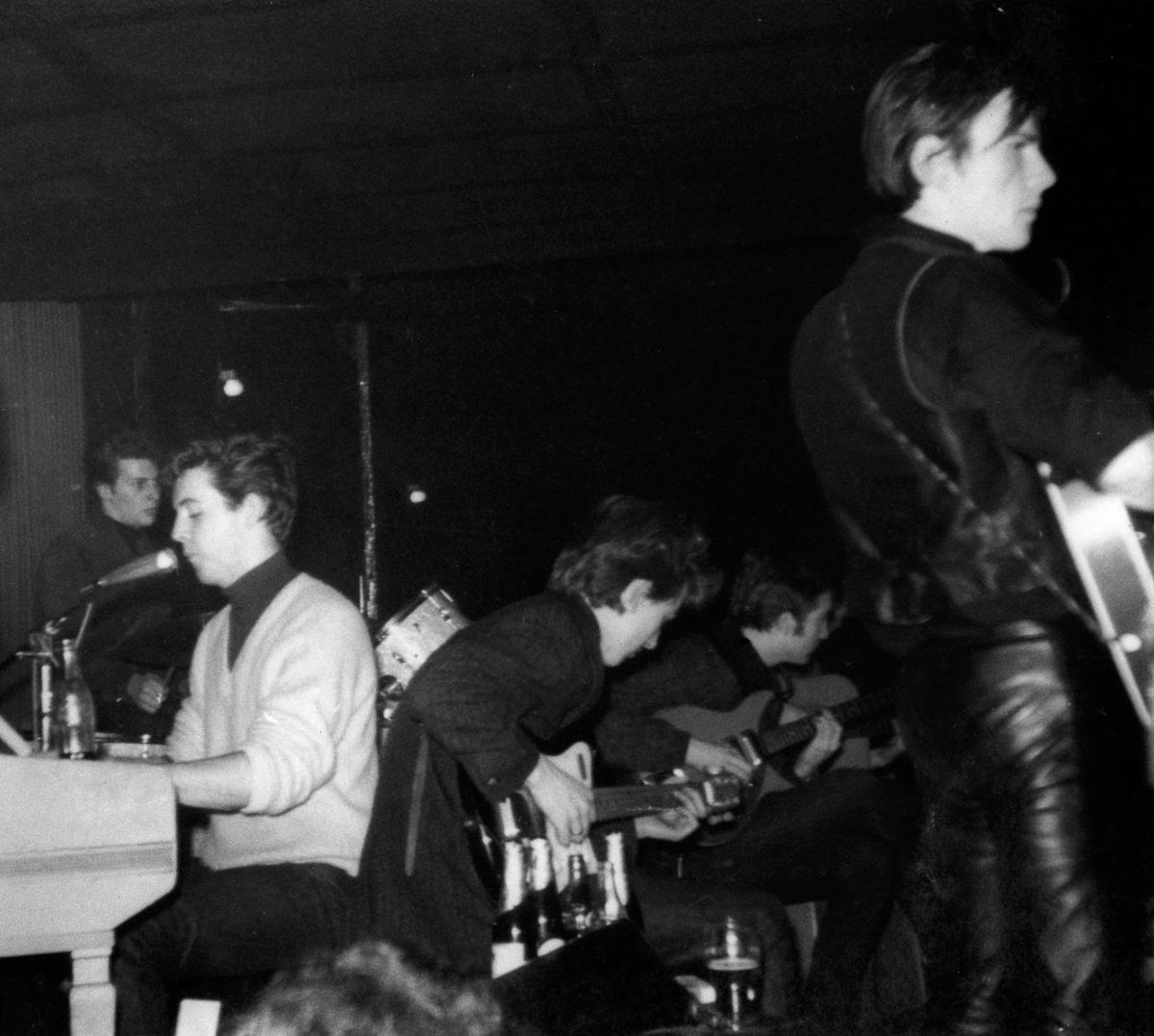 """Stuart Sutcliffe, a breve vida de um pintor talentoso e um baixista medíocre, o """"quinto Beatle"""" 08"""
