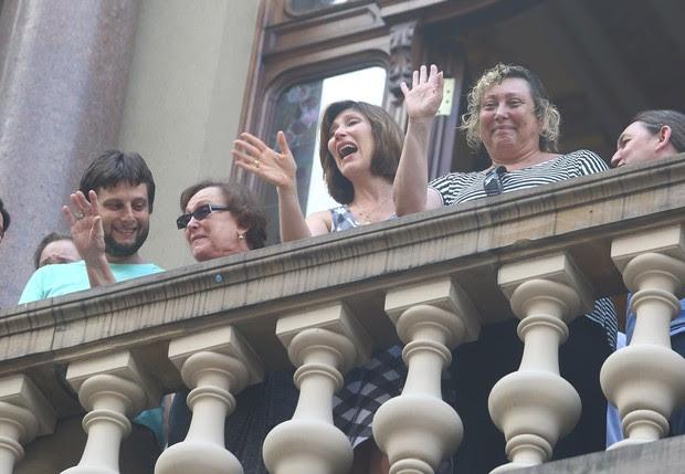 Familia no velório do ator Paulo Goulart (Foto: Iwi Onodera/EGO)