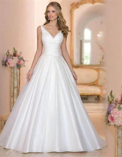 Designer New 2016 White Wedding Dresses V Neck Satin Cheap