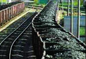 Iron ore exporters cheat Railways of 50,000 crore