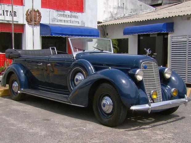 Lincoln conversível foi fabricado em 1933, mas ainda funciona perfeitamente (Foto: Reprodução / TV Globo)