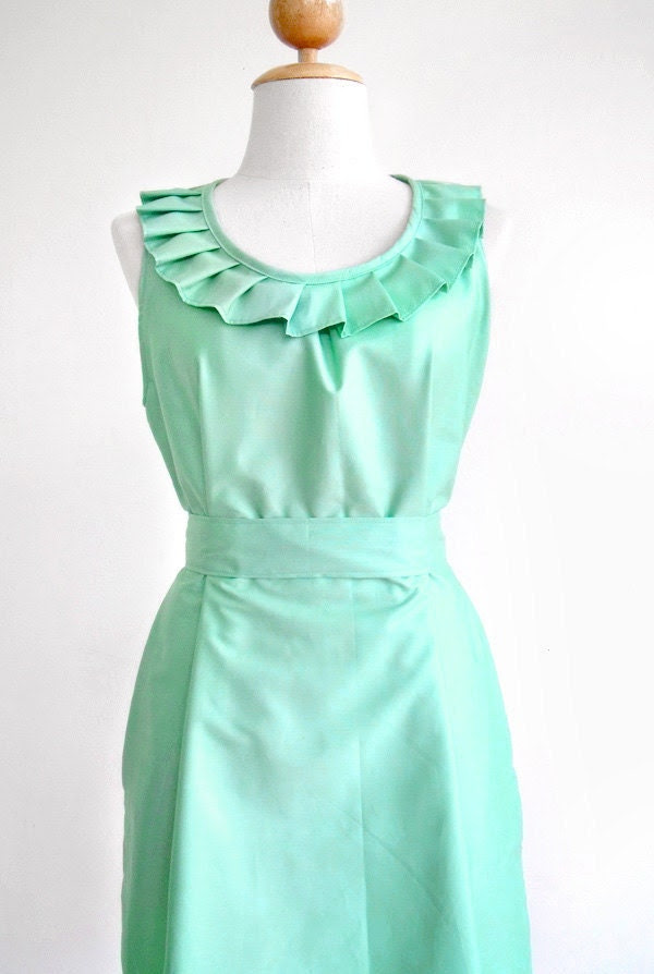 Custom fully lined pleated collar dress in mint