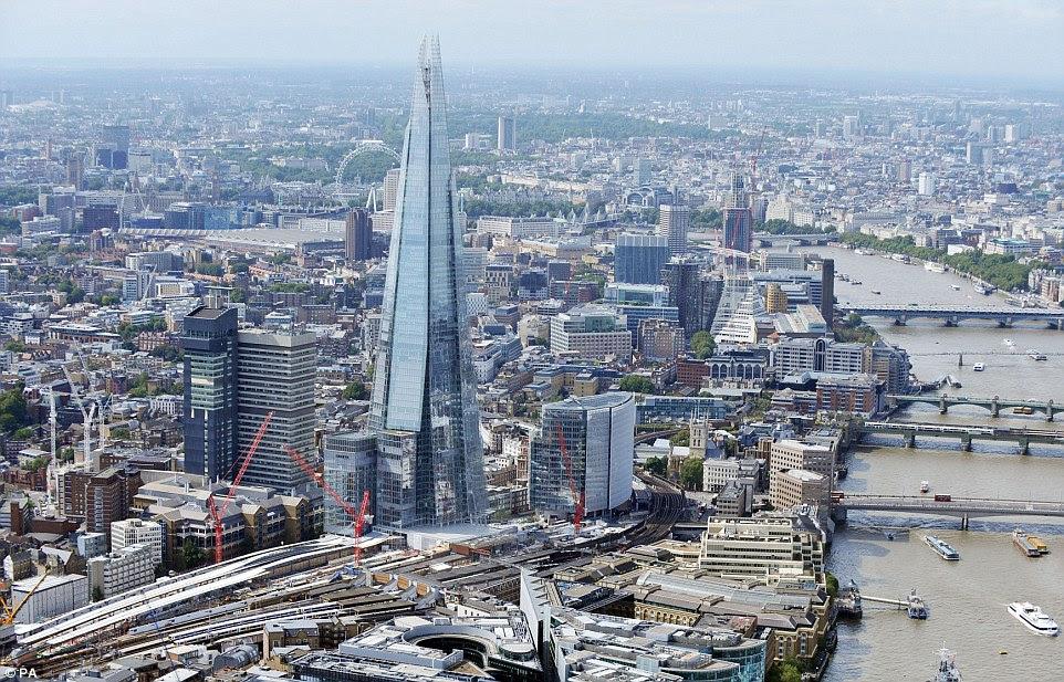 Στην καρδιά του προγράμματος είναι η πλήρης ανακατασκευή της γέφυρας του Λονδίνου, που θα έχουν τη μεγαλύτερη συνάθροιση στη χώρα όταν τελειώσει