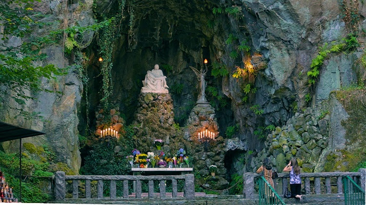 About The Grotto