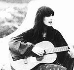 Foto rara da cantora.