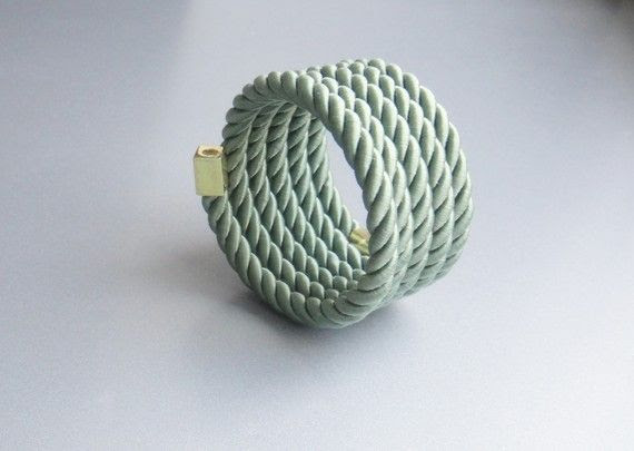 Rope+bracelet+green+with+memory+wire+by+Myknotting+on+Etsy,+$17.00