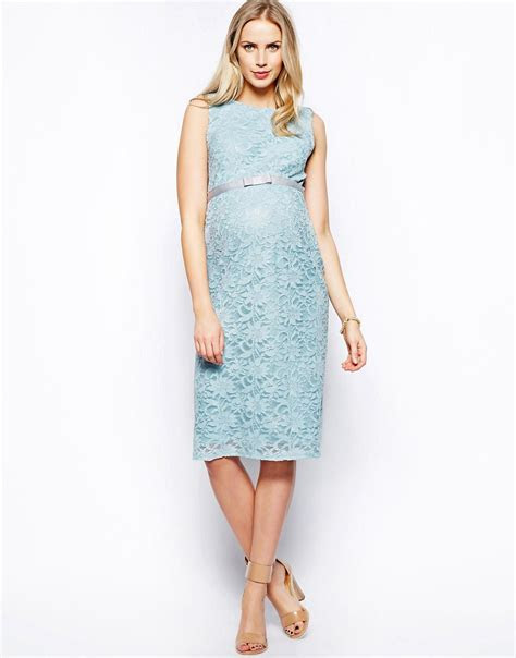 WEDDING: Pastel Maternity Wedding Guest and Bridesmaid