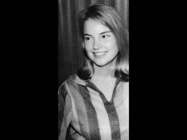 Foto de arquivo feita na década de 1960, sem data específica, mostra a atriz Elke Maravilha na juventude. Nascida da Rússia, Elke veio para o Brasil aos 6 anos de idade (Foto: Estadão Conteúdo/Arquivo)