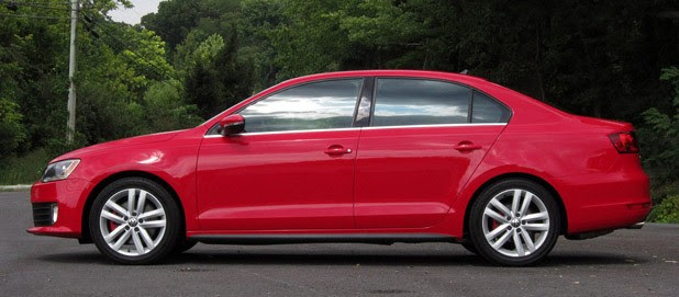 2012 Volkswagen Jetta GLI side view
