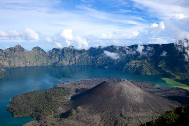 Incomparable Indonesia: 9 Extremely Beautiful Places Worth to See