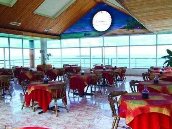 Review Calypso Beach Hotel