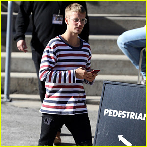 Justin Bieber Reps His USA Pride on Fourth of July in Sydney