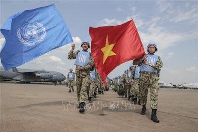 """Việt Nam tham gia lực lượng """"Mũ nồi xanh"""" - hoàn thiện luật pháp cho một chủ trương đúng"""