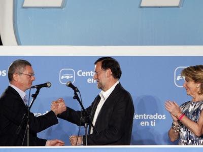 Rajoy y Gallardón con Esperanza Aguirre