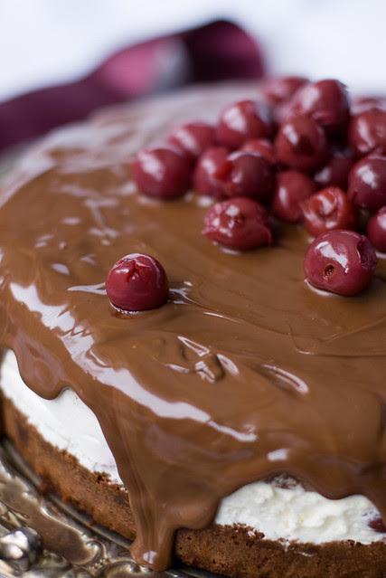 Mustametsa tort / Black Forest Cake