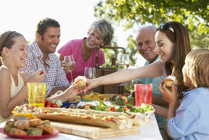 Celebrate Memorial Day with an Outdoor Party
