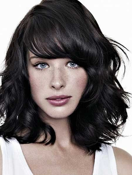 15+ Pics of Medium Length Hairstyles with Bangs and Layers   Hairstyles & Haircuts 2016 - 2017