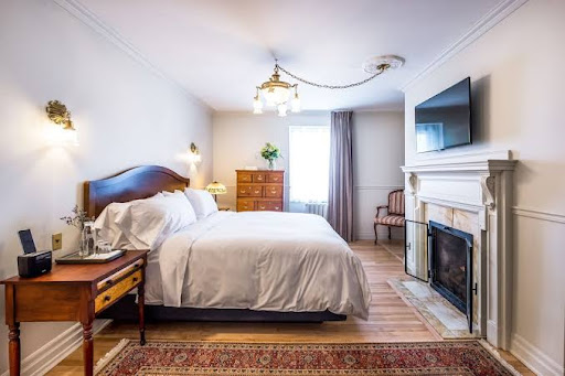 Hôtel de luxe Stonehaven Le Manoir à Sainte-Agathe-des-Monts (QC) | CanaGuide