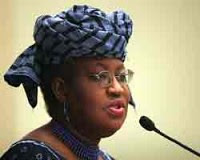Dr. Ngozi Okonjo-Iweala, a former Vice-President of the World Bank and the current Minister of Finance in the Federal Republic of Nigeria, has denied being a defacto prime minister in the oil-producing West African state. She has been criticized recently. by Pan-African News Wire File Photos