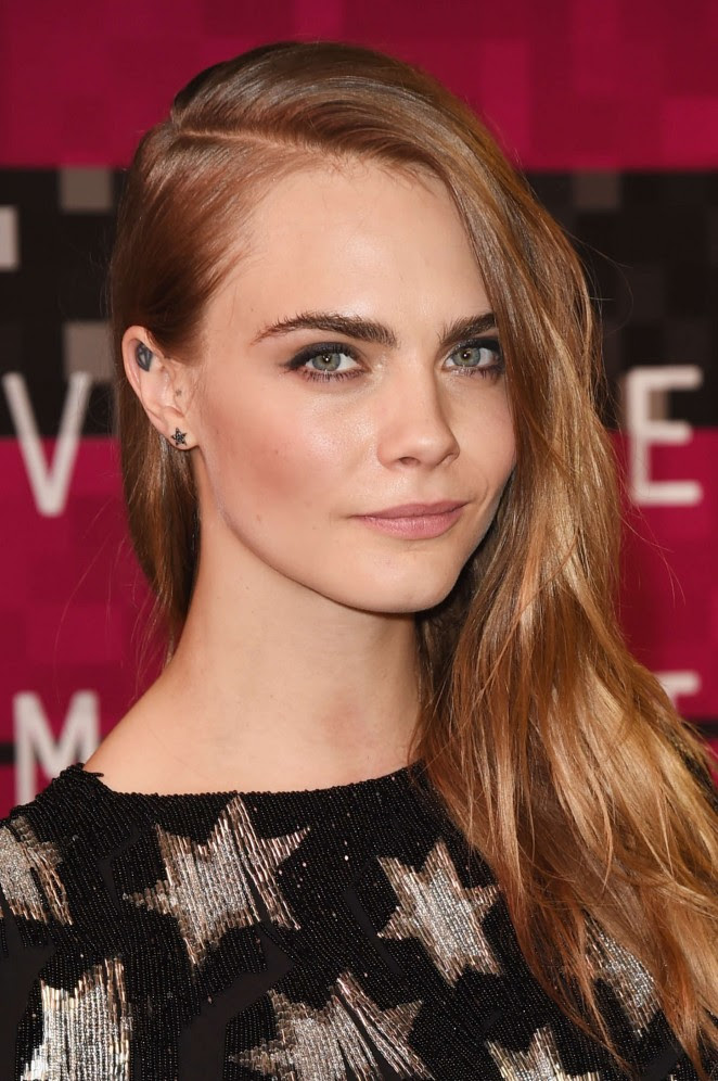 Cara-Delevingne--2015-MTV-Video-Music-Awards