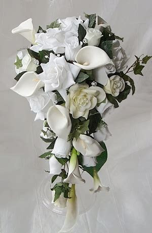 Off White Calla Lilies and Roses Bouquet