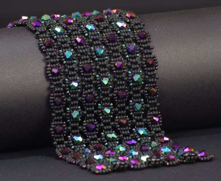 NED Beads Beadwoven Bracelet Tutorial - Labyrinth. $10.00, via Etsy.