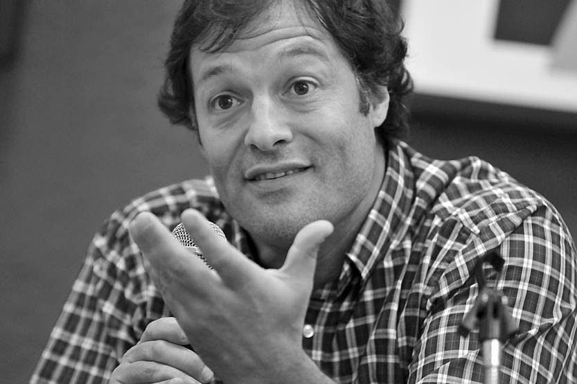 Conrado Ramos durante una exposición sobre la Reforma del Estado en la Casa del Pueblo del Partido Socialista. (archivo, octubre de 2010)
