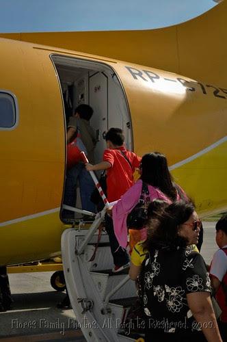 2009-12-20 Flight to Naga LR-38