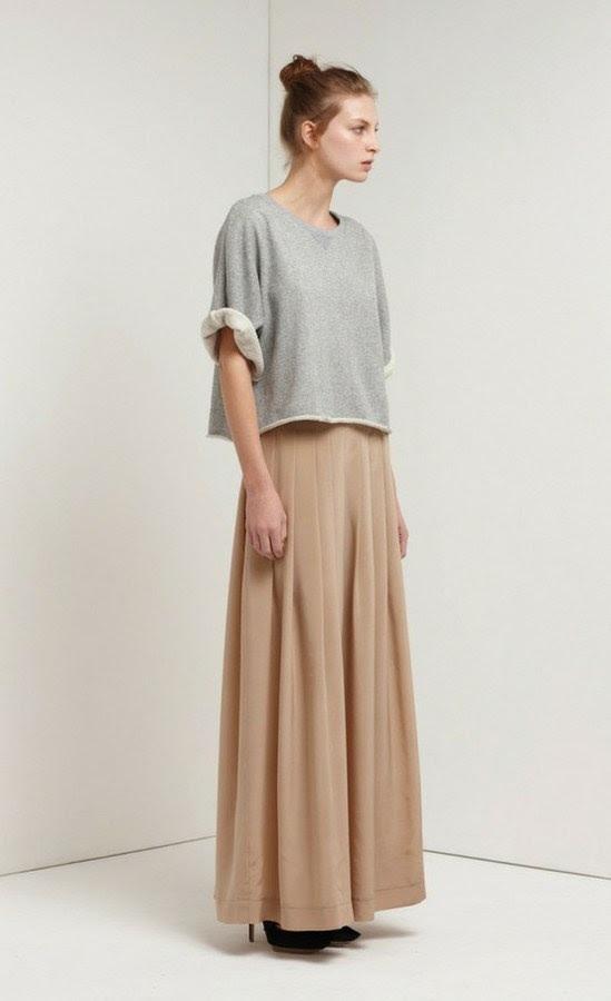 Cropped sweatshirt over maxi skirt