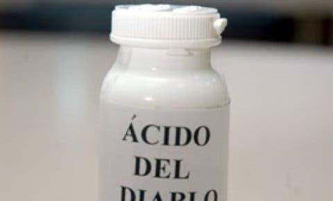 Frasco de ácido del diablo.
