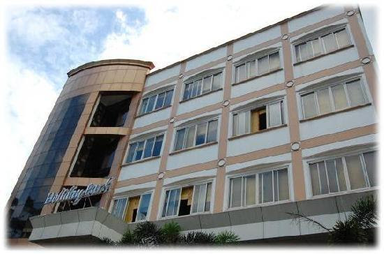 Photos of Holiday Park Hotel, Baguio